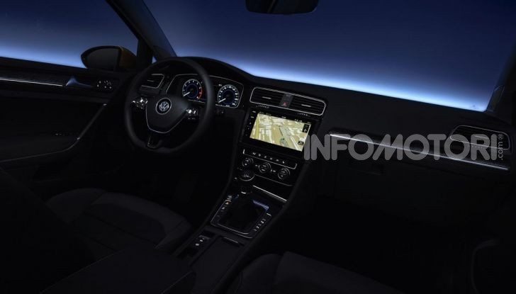 [VIDEO] Prova Volkswagen Golf TGI: La Strada in Streaming! - Foto 23 di 33