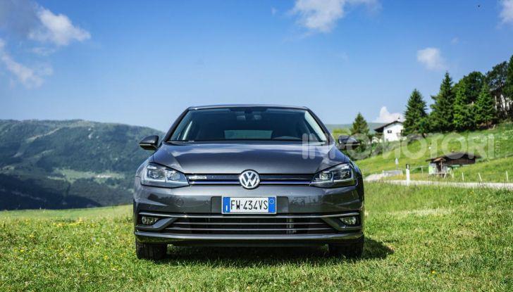 [VIDEO] Prova Volkswagen Golf TGI: La Strada in Streaming! - Foto 2 di 33