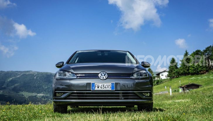 [VIDEO] Prova Volkswagen Golf TGI: La Strada in Streaming! - Foto 4 di 33