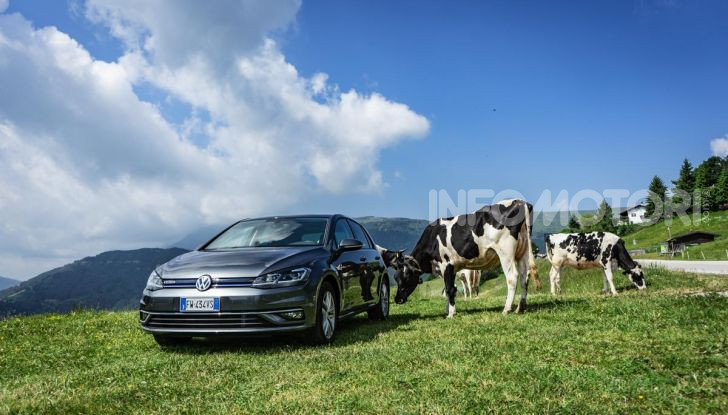 [VIDEO] Prova Volkswagen Golf TGI: La Strada in Streaming! - Foto 7 di 33