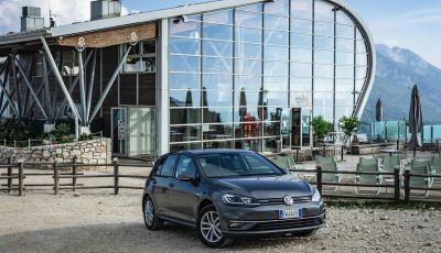 [VIDEO] Prova Volkswagen Golf TGI: La Strada in Streaming!