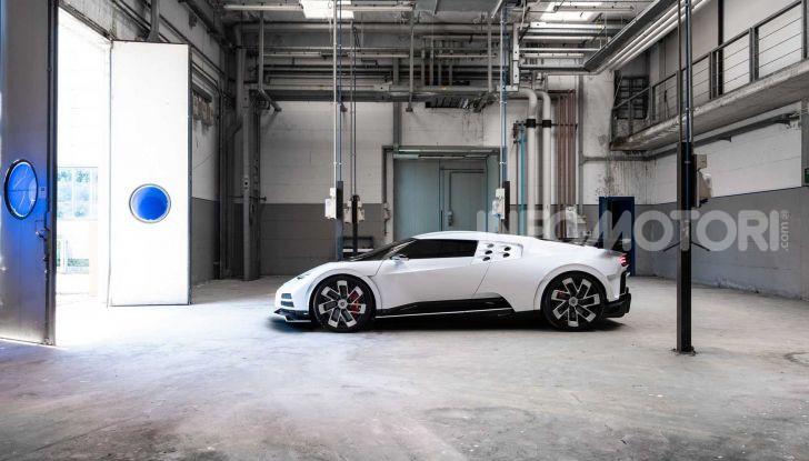 Bugatti Centodieci, 10 esemplari a 8 milioni di euro - Foto 2 di 13