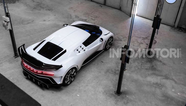 Bugatti Centodieci, 10 esemplari a 8 milioni di euro - Foto 4 di 13