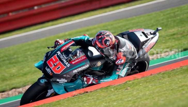 MotoGP 2019, GP di Gran Bretagna: Rins vince a Silverstone una gara al fotofinish, Dovizioso a terra - Foto 14 di 19