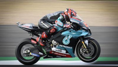 MotoGP 2019, GP di Gran Bretagna: la Direzione Gara ci ripensa, Quartararo firma il nuovo record di Silverstone. Rossi quarto
