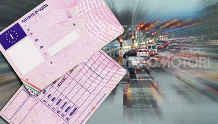 Foglio rosa: con il riporto dell'esame di teoria dura 12 mesi - Foto 4 di 10