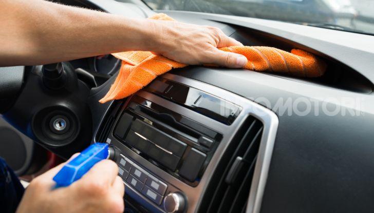 Pulizia degli interni dell'auto: tutto quello che bisogna sapere - Foto 7 di 10