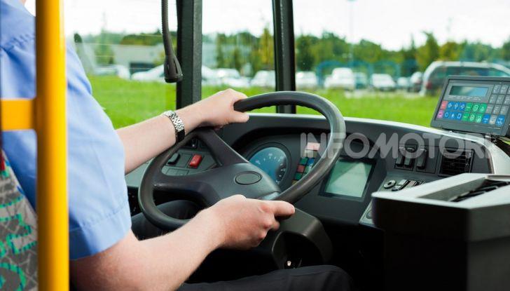 Autisti autobus devono avere tasso alcolemico zero alla guida