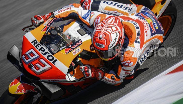 MotoGP 2019, GP di Aragon: Marquez centra la nona pole position stagionale davanti a Quartararo e Vinales - Foto 1 di 11