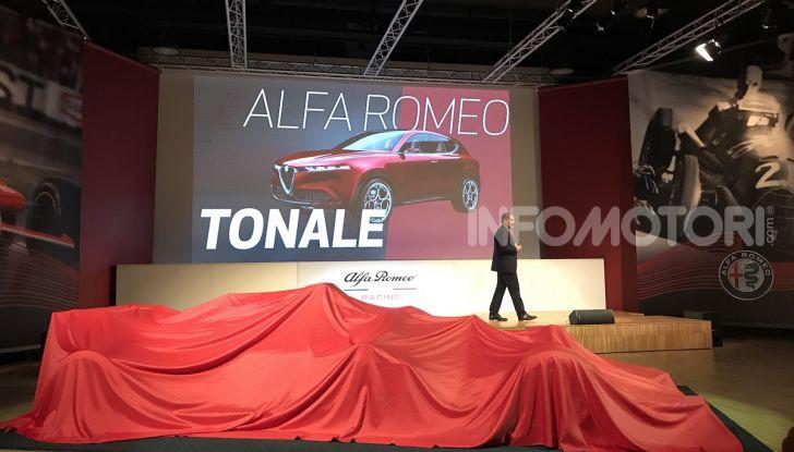 Alfa Romeo Giulia e Stelvio 2020, nuovo spot TV con Kimi Räikkönen - Foto 5 di 18