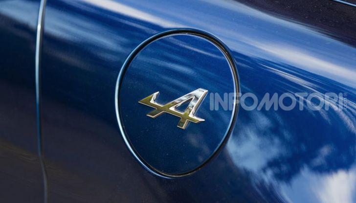 Prova Alpine A110: i cinque motivi per avere il piccolo gioiello francese - Foto 33 di 45