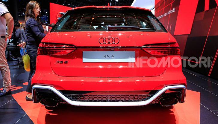 Audi RS6 Avant: un po' station wagon un po' supercar - Foto 18 di 23