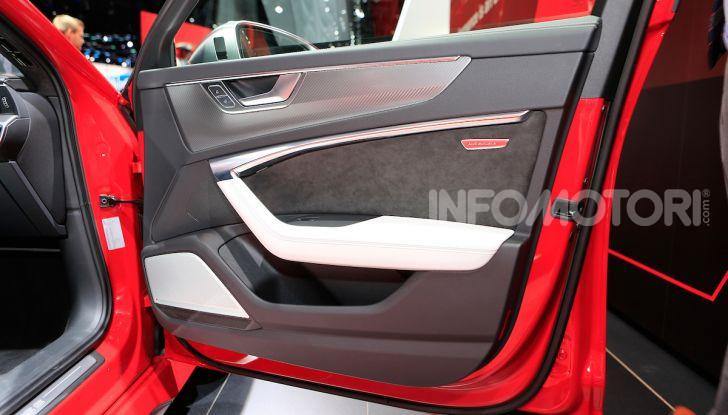 Audi RS6 Avant: un po' station wagon un po' supercar - Foto 20 di 23