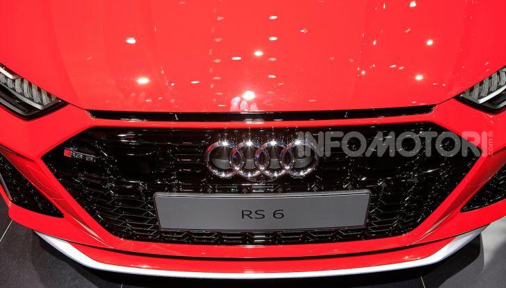 Audi RS6 Avant: un po' station wagon un po' supercar - Foto 4 di 23