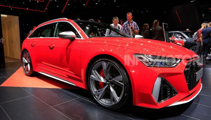 Audi RS6 Avant: un po' station wagon un po' supercar - Foto 7 di 23