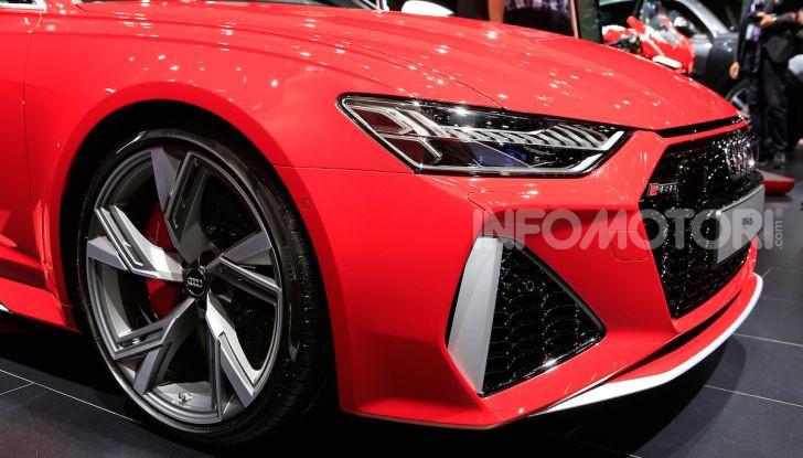 Audi RS6 Avant: un po' station wagon un po' supercar - Foto 3 di 23