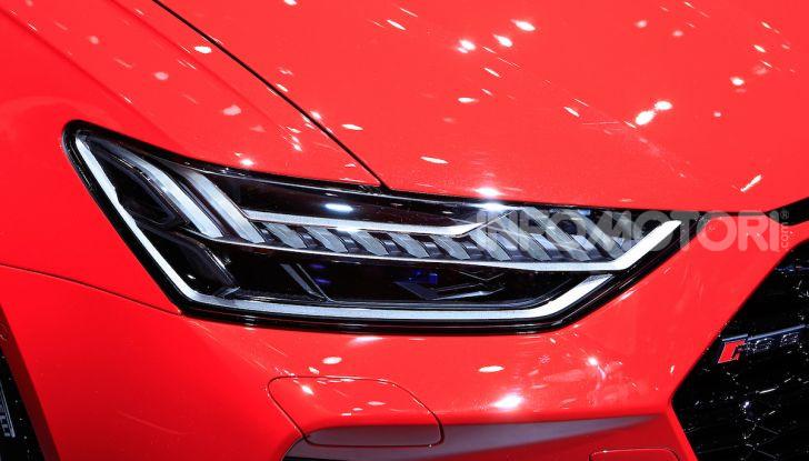 Audi RS6 Avant: un po' station wagon un po' supercar - Foto 6 di 23