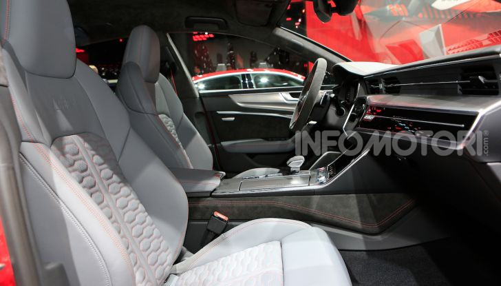 Audi RS7 Sportback 2020: linea muscolosa e prestazioni da supercar - Foto 15 di 19