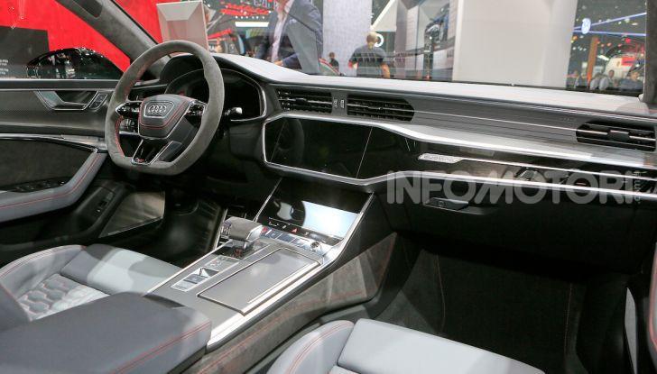 Audi RS7 Sportback 2020: linea muscolosa e prestazioni da supercar - Foto 17 di 19