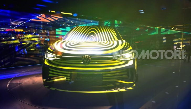 ID.4, il SUV elettrico secondo Volkswagen - Foto 11 di 30