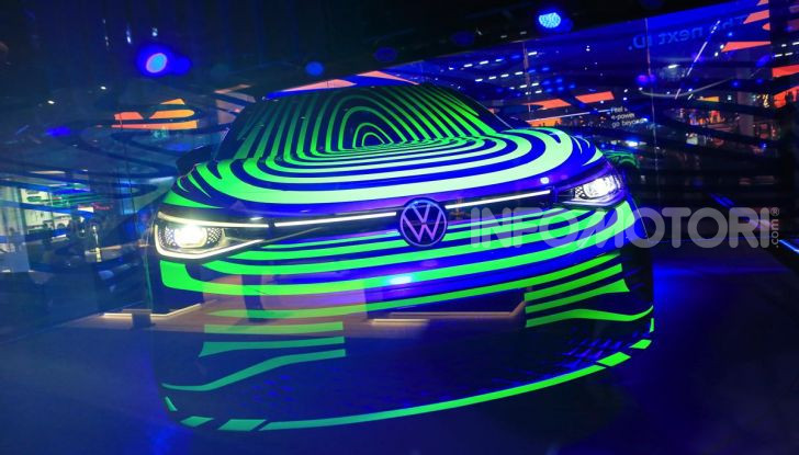 ID.4, il SUV elettrico secondo Volkswagen - Foto 1 di 30