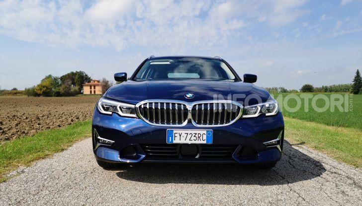 [VIDEO] Prova su strada nuova BMW Serie 3 Touring: La regina è tornata! - Foto 10 di 35