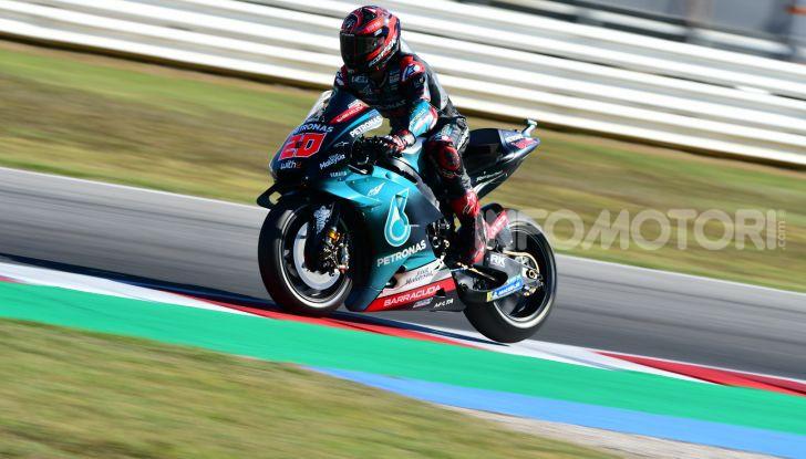 MotoGP 2019, GP di San Marino: Yamaha al top nelle libere di Misano, Vinales il più veloce - Foto 34 di 35