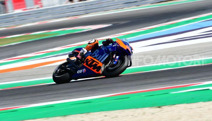 MotoGP 2019, GP di San Marino: Vinales soffia la pole alla sorprendente KTM di Espargarò, Rossi settimo - Foto 35 di 44