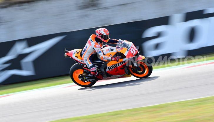 MotoGP 2019: Marquez vince a Misano in volata su Quartararo, terzo Vinales davanti a Rossi - Foto 2 di 35