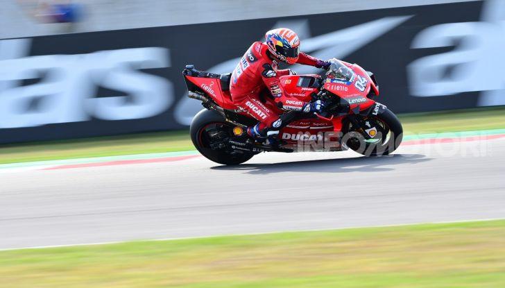 MotoGP 2019: Marquez vince a Misano in volata su Quartararo, terzo Vinales davanti a Rossi - Foto 13 di 35
