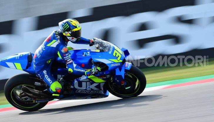 MotoGP 2019: Marquez vince a Misano in volata su Quartararo, terzo Vinales davanti a Rossi - Foto 17 di 35