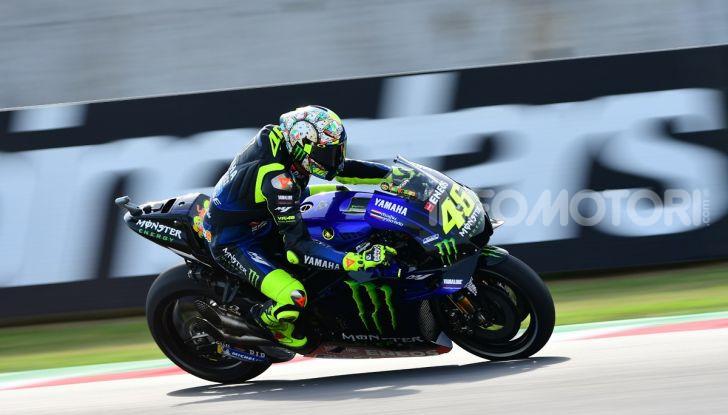 MotoGP 2019: Marquez vince a Misano in volata su Quartararo, terzo Vinales davanti a Rossi - Foto 7 di 35