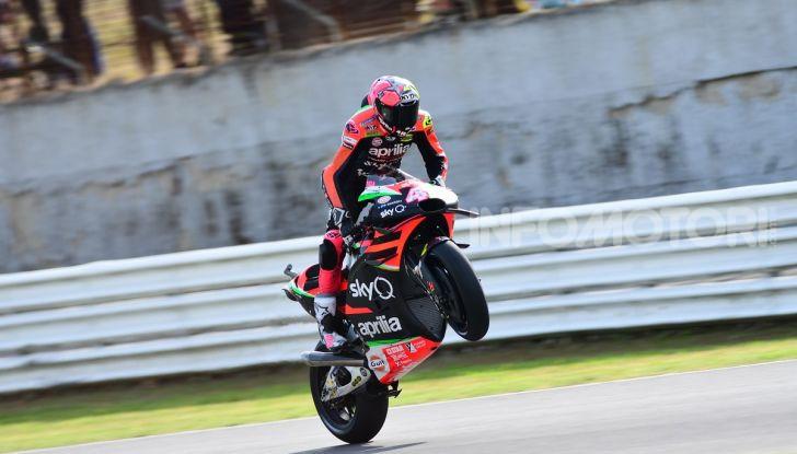 MotoGP 2019: Marquez vince a Misano in volata su Quartararo, terzo Vinales davanti a Rossi - Foto 21 di 35