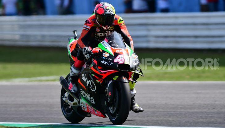 MotoGP 2019: Marquez vince a Misano in volata su Quartararo, terzo Vinales davanti a Rossi - Foto 20 di 35