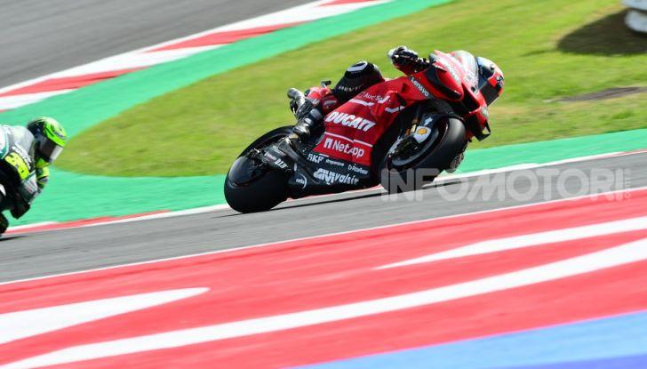 MotoGP 2019: Marquez vince a Misano in volata su Quartararo, terzo Vinales davanti a Rossi - Foto 14 di 35