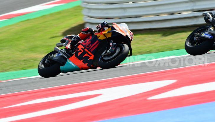 MotoGP 2019: Marquez vince a Misano in volata su Quartararo, terzo Vinales davanti a Rossi - Foto 23 di 35