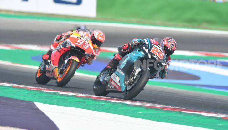 MotoGP 2019: Marquez vince a Misano in volata su Quartararo, terzo Vinales davanti a Rossi - Foto 3 di 35