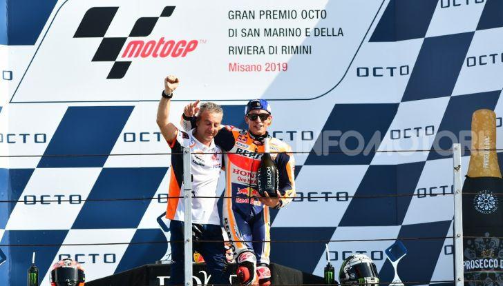 MotoGP 2019: Marquez vince a Misano in volata su Quartararo, terzo Vinales davanti a Rossi - Foto 32 di 35