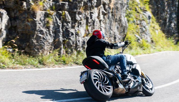 Prova video Ducati Diavel 1260S, un diavolo come nessun'altra - Foto 2 di 43