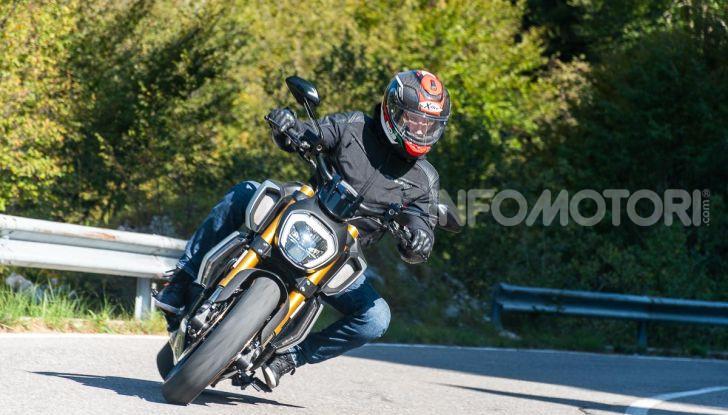 Prova video Ducati Diavel 1260S, un diavolo come nessun'altra - Foto 11 di 43