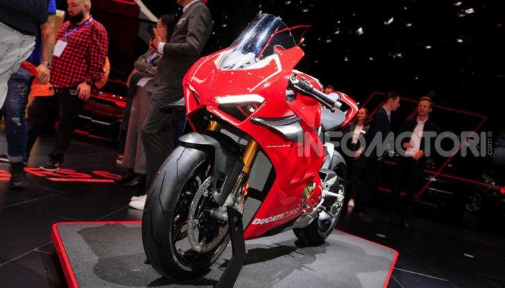 DucatiPanigale V4 R: la rossa a due ruote pronta a conquistare Francoforte - Foto 1 di 8