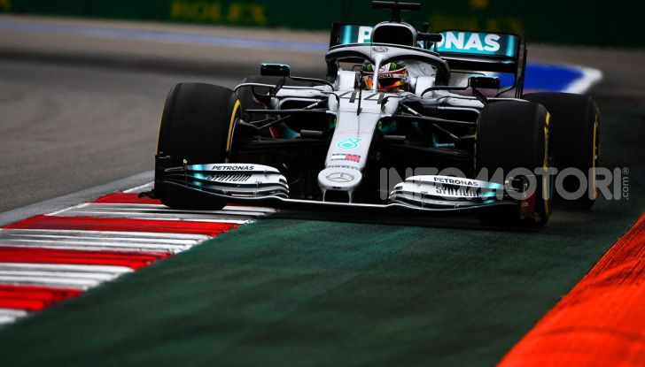 F1 2019, GP di Russia: Hamilton è lo Zar di Sochi e la Mercedes fa doppietta, solo terzo Leclerc - Foto 1 di 13