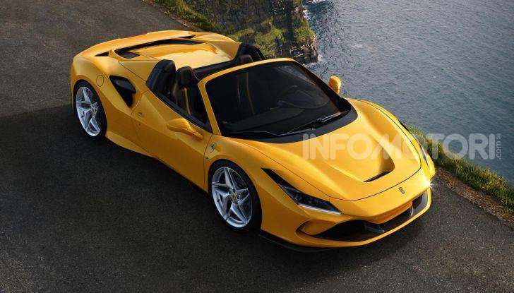 Ferrari F8 Spider: l'urlo dei 720CV a cielo aperto - Foto 10 di 16