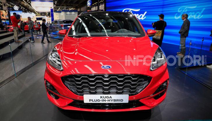 Ford Kuga: la terza generazione è più tecnologica e ibrida - Foto 1 di 14