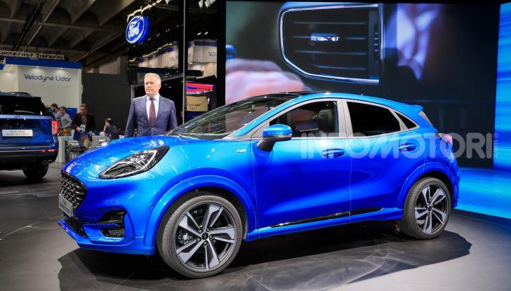 Ford Kuga: la terza generazione è più tecnologica e ibrida - Foto 12 di 14