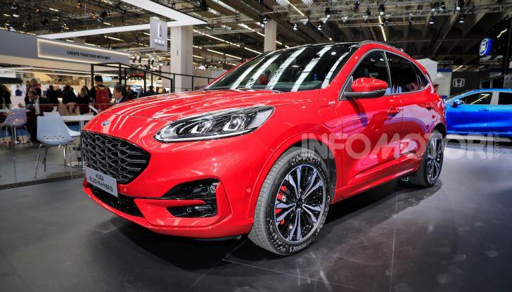 Ford Kuga: la terza generazione è più tecnologica e ibrida - Foto 2 di 14