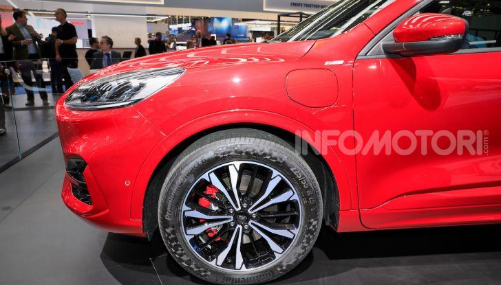 Ford Kuga: la terza generazione è più tecnologica e ibrida - Foto 3 di 14