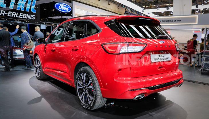 Ford Kuga: la terza generazione è più tecnologica e ibrida - Foto 5 di 14