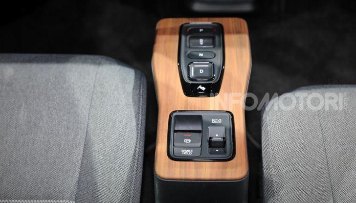 Honda e: tutto quello che sappiamo sulla citycar elettrica retrò - Foto 19 di 35