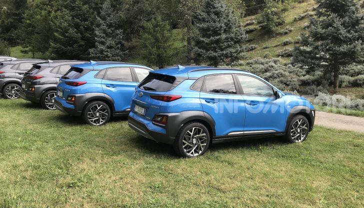 Hyundai Kona Hybrid, prezzi e prestazioni del SUV compatto - Foto 9 di 10